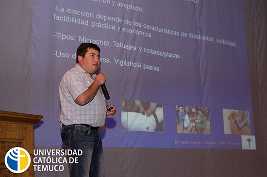A juicio del equipo de veterinarios de la UC Temuco, este tipo de actividades promueve la unión y retroalimentación de experiencias, que permiten dar soluciones más efectivas y oportunas.
