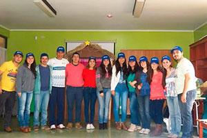 Estudiantes miembros de la Pastoral Universitaria.